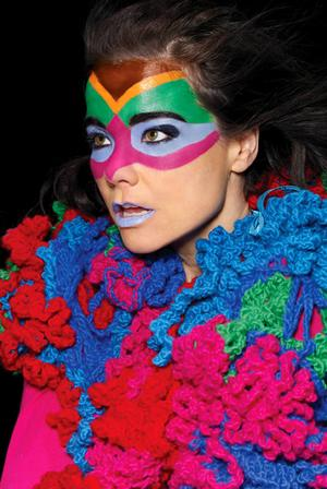 Bjork - Discography 1990-2003 [Mp3 VBR] TNT Village torrent ...